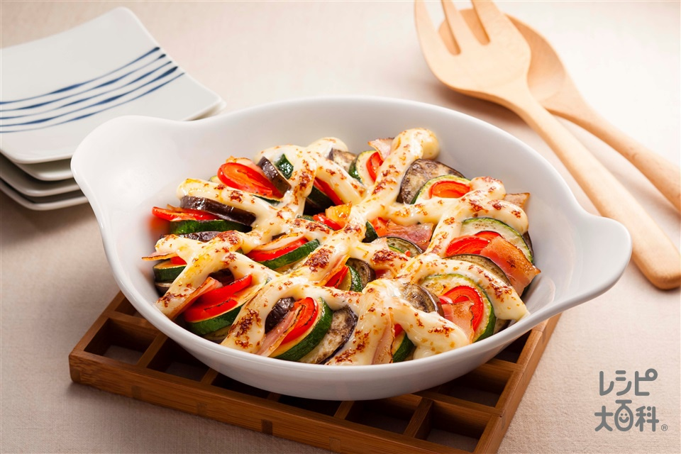 夏野菜の和風マヨグラタン(なす+ズッキーニを使ったレシピ)