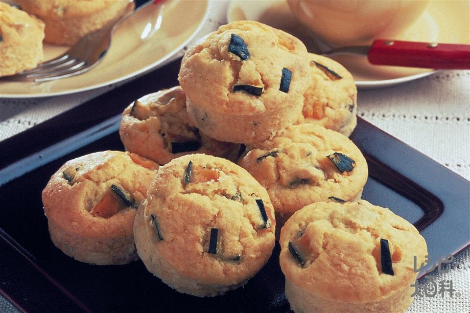 かぼちゃのカップケーキ(かぼちゃ+バター(食塩不使用)を使ったレシピ)