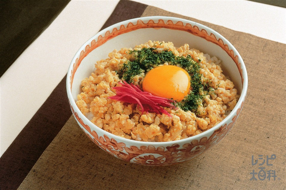 変わり親子丼(鶏ひき肉+ご飯を使ったレシピ)