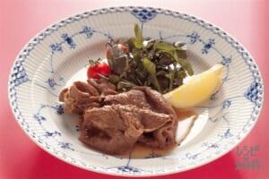 牛肉の赤ワイン漬け(牛もも薄切り肉+ミニトマトを使ったレシピ)