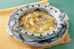 きのこと卵のスープ