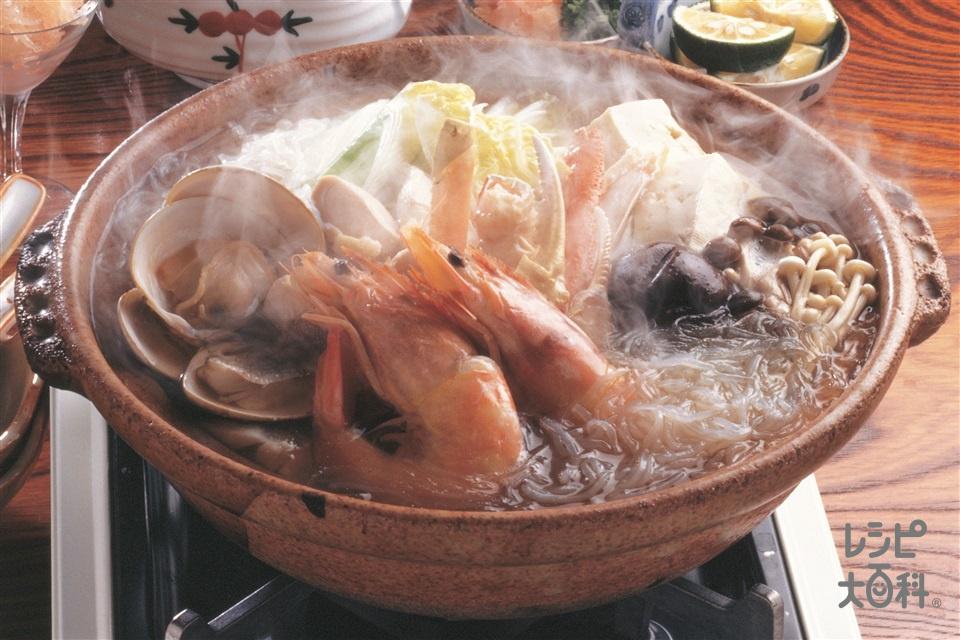 海鮮うどん鍋(しらたき+ゆでうどんを使ったレシピ)