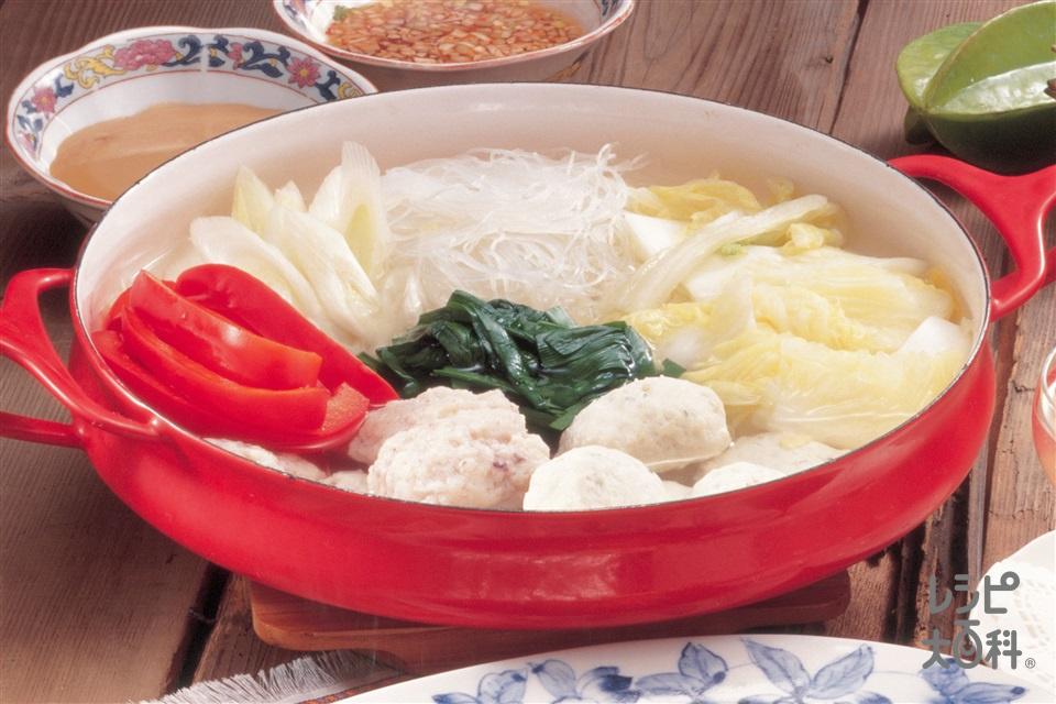 タイしゃぶ風鍋(白菜+パプリカ(赤)を使ったレシピ)