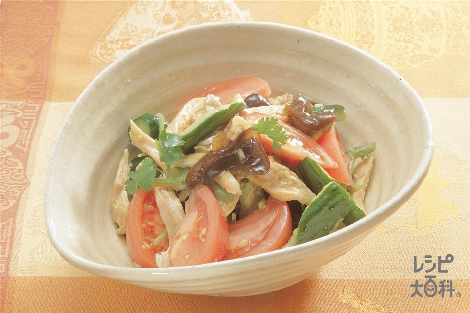 オイスター味の中国風サラダ(トマト+鶏むね肉(皮なし)を使ったレシピ)