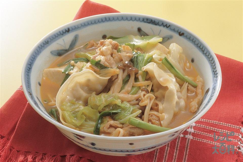 豆腐とギョーザのキムチ鍋(絹ごし豆腐+キャベツを使ったレシピ)