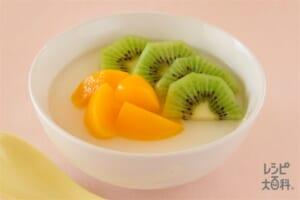 フルーツのせ杏仁豆腐