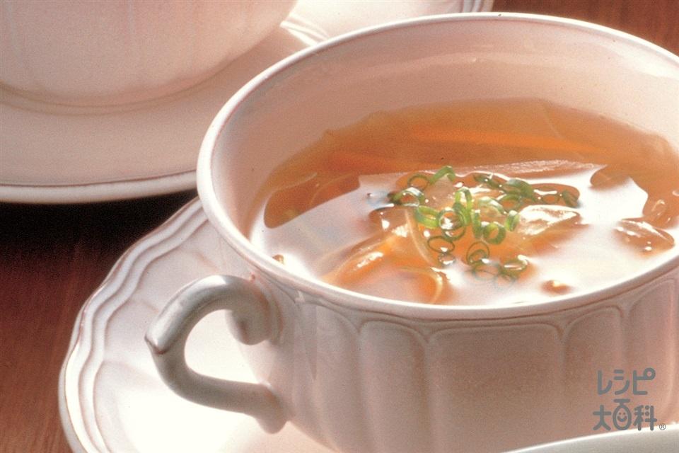 せん切り野菜の和風スープ(にんじん+セロリを使ったレシピ)