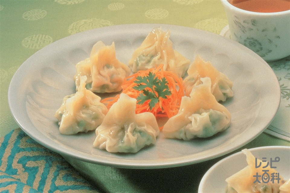 白菜と鶏肉の皿ワンタン(白菜+鶏ひき肉を使ったレシピ)