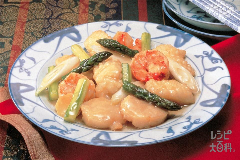 帆立貝とグリーンアスパラの炒めもの(えび+帆立貝柱を使ったレシピ)