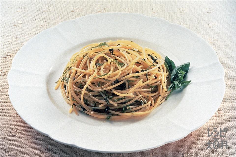 バジリコ・スパゲッティ(スパゲッティ+にんにくのみじん切りを使ったレシピ)