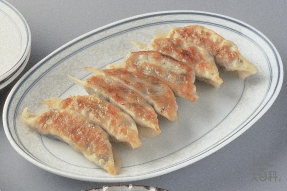 ギョーザ(餃子の皮+豚ひき肉を使ったレシピ)