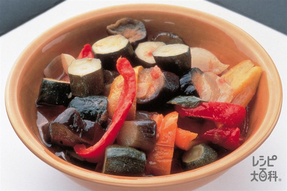 ラタトゥイユ(やさいの蒸し煮)(トマト+ズッキーニを使ったレシピ)