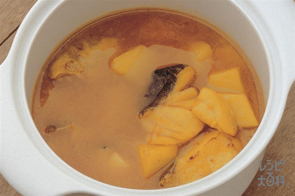 たらのスープ バジリコごま風味(たら+玉ねぎを使ったレシピ)