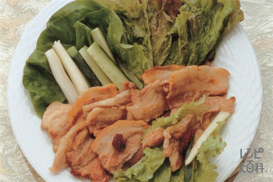 豚バラ肉の香味焼き サラダ巻き(豚バラかたまり肉+サニーレタスを使ったレシピ)