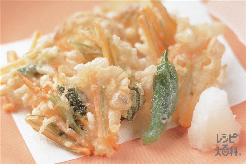 にんじんとみつ葉のひと口かき揚げ(にんじん+糸みつばを使ったレシピ)
