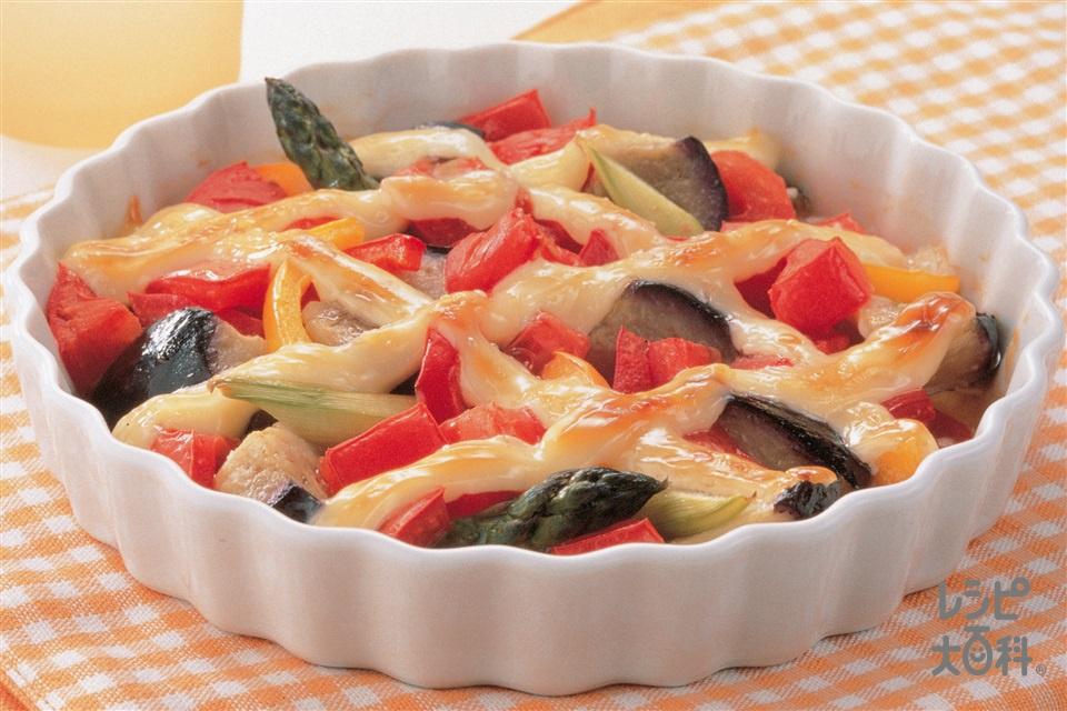 トマトと夏野菜のマヨネーズ焼き(トマト+グリーンアスパラガスを使ったレシピ)
