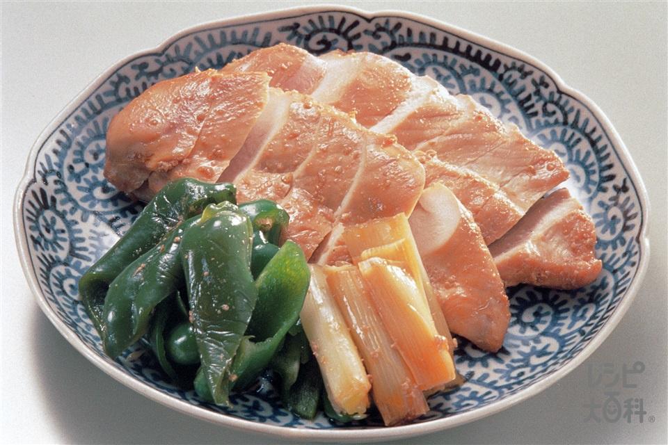 鶏むね肉の照り焼き(鶏むね肉(皮なし)+ピーマンを使ったレシピ)