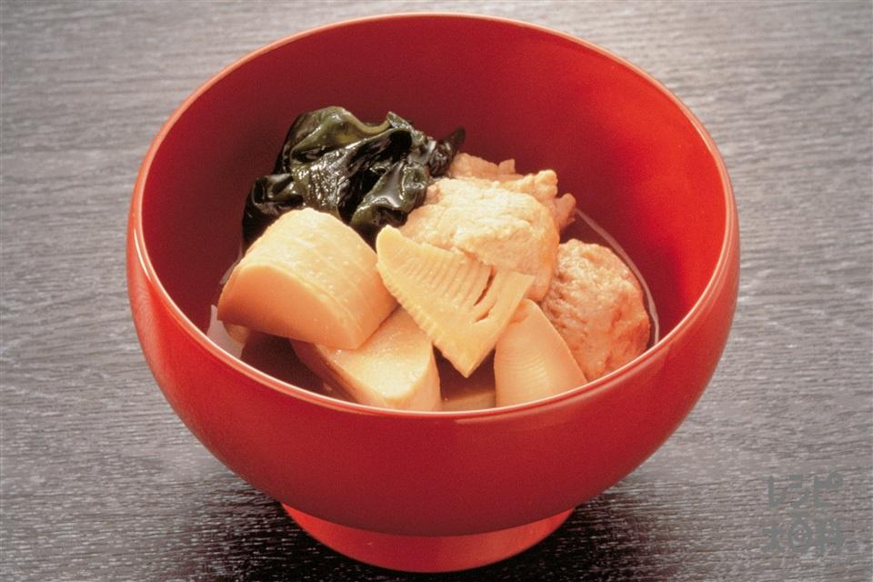 鶏肉団子・筍・わかめの煮もの(木綿豆腐+ゆでたけのこを使ったレシピ)