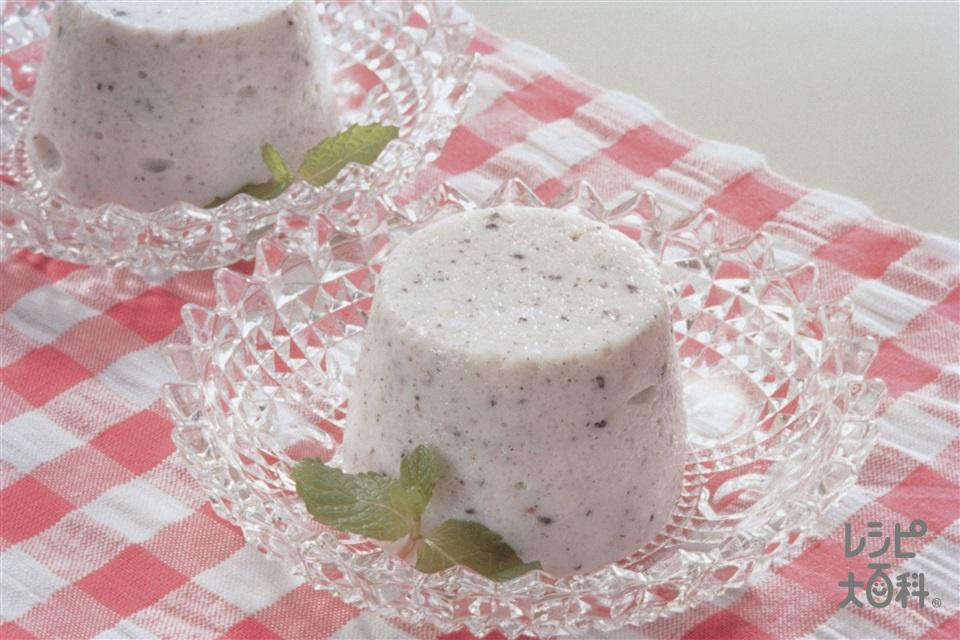黒ごまムース(牛乳+卵白を使ったレシピ)