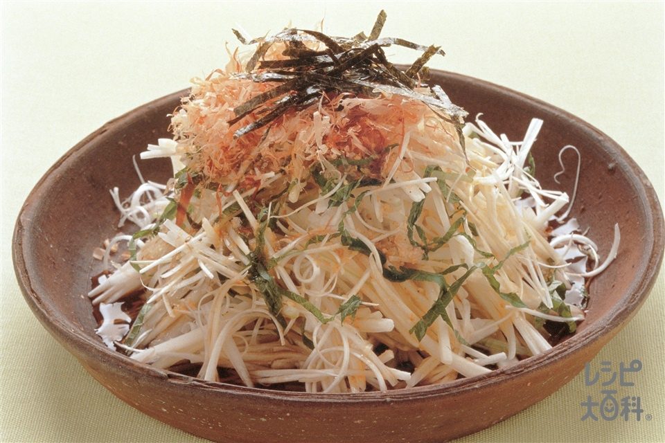 長いもと野菜のせん切りサラダ(長いも+セロリを使ったレシピ)