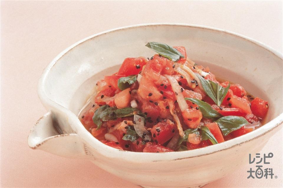 トマトとバジルの黒ごまサラダ(トマト+玉ねぎを使ったレシピ)