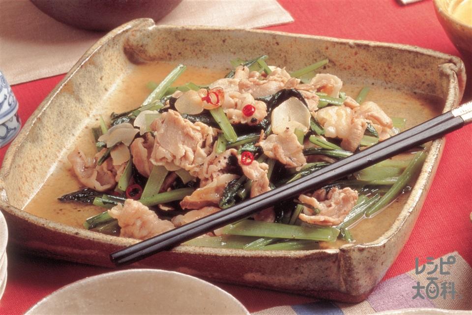 小松菜と豚ばら肉の蒸し煮(小松菜+豚バラ薄切り肉を使ったレシピ)