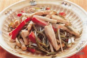 鶏むね肉と切り昆布のマヨネーズ炒め