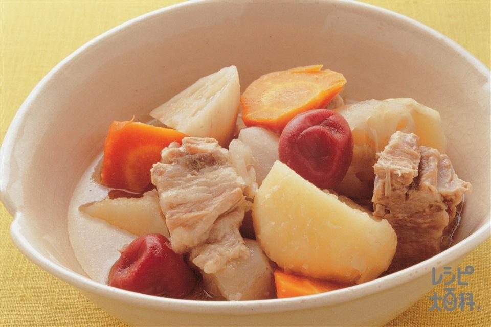 豚肉と根菜の梅味ポトフ(豚バラかたまり肉+じゃがいもを使ったレシピ)