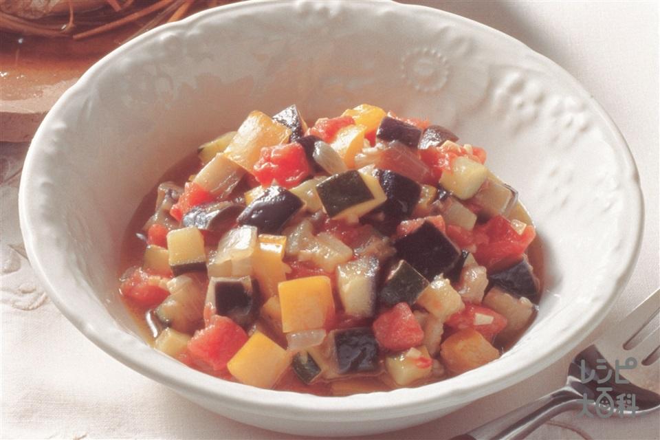 さいころラタトゥイユ(ズッキーニ+トマトを使ったレシピ)