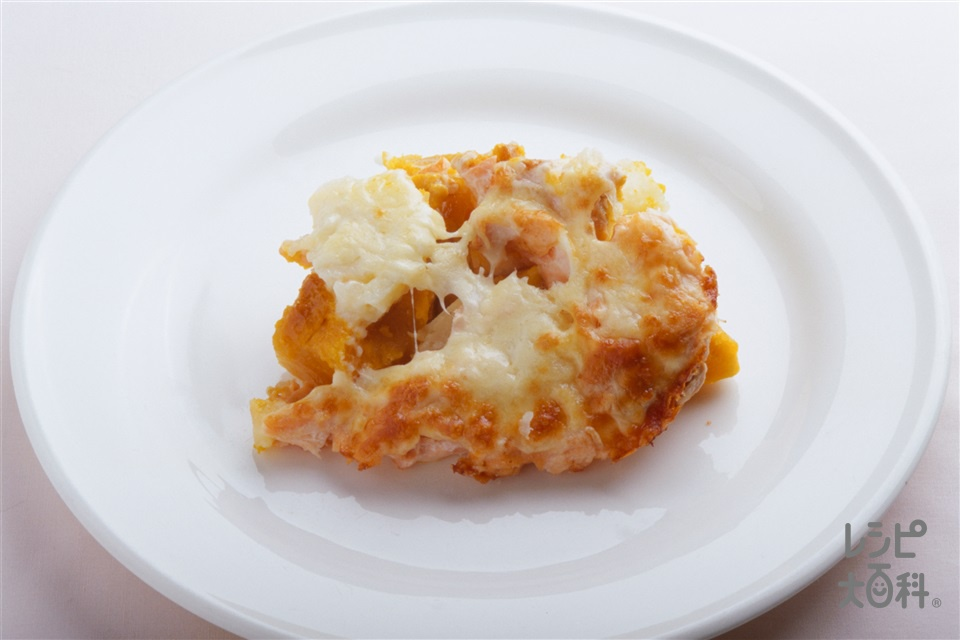 かぼちゃとじゃがいものグラタン(かぼちゃ+じゃがいもを使ったレシピ)