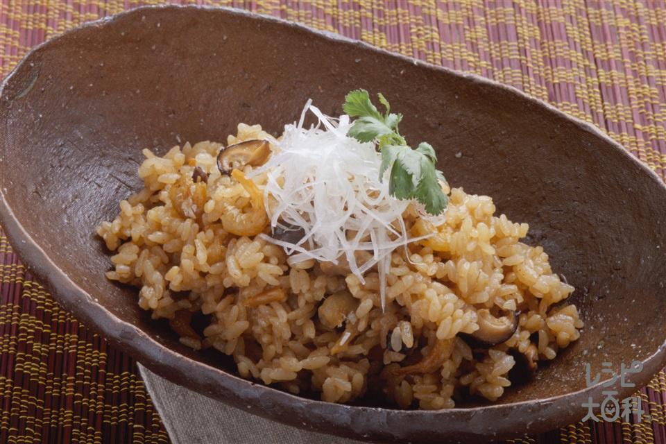 具だくさんのピリピリおこわ風(米+もち米を使ったレシピ)