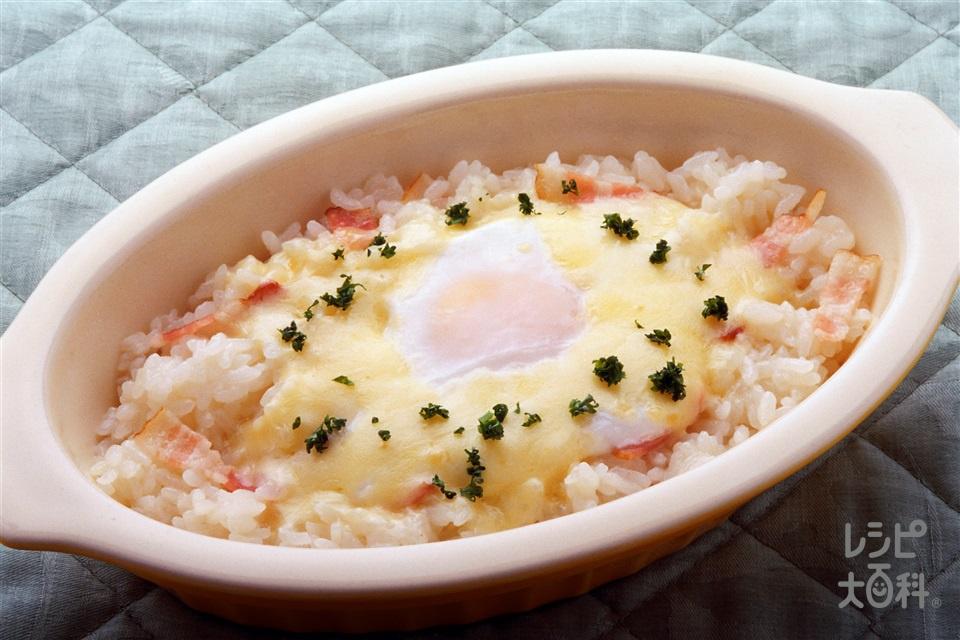 チーズと卵の即席リゾット(ご飯+卵を使ったレシピ)