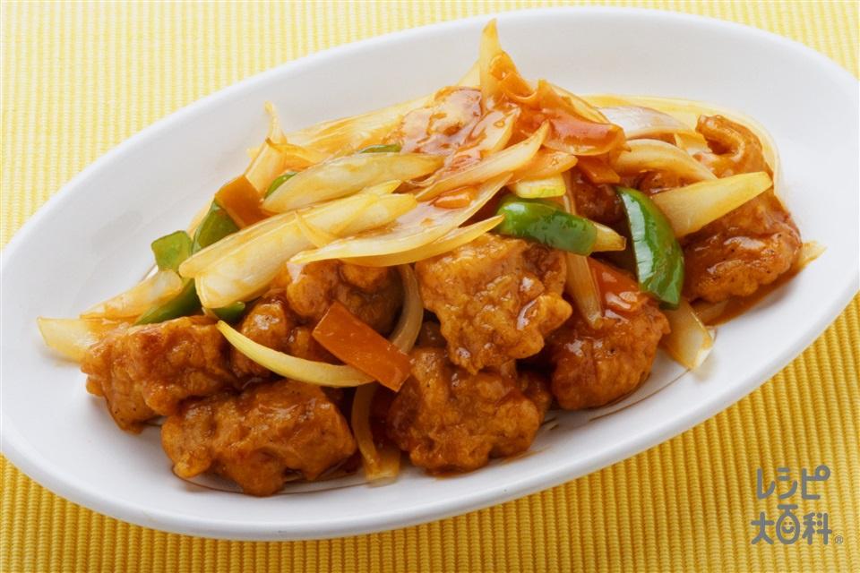 鶏肉の甘酢炒め(味の素冷凍食品KK「やわらか若鶏から揚げ」+玉ねぎを使ったレシピ)