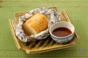 丸ごと長いものホイル焼き 甜麺醤ソース添え