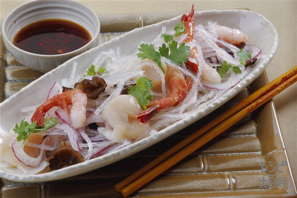 エスニックシーフードサラダ(糸寒天+きくらげを使ったレシピ)