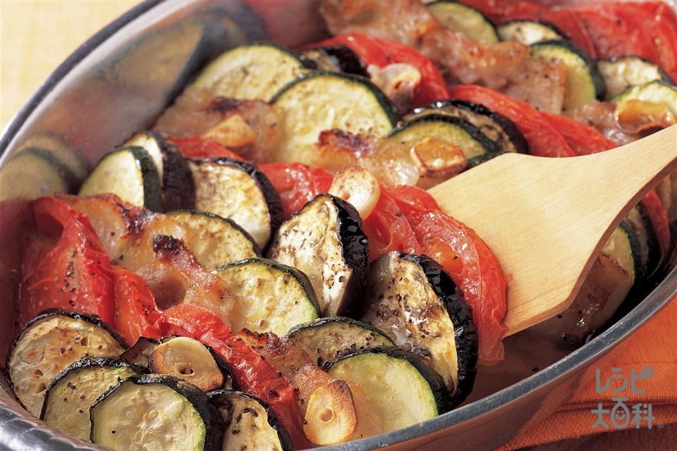 豚肉と夏野菜の重ね焼き(トマト+ズッキーニを使ったレシピ)