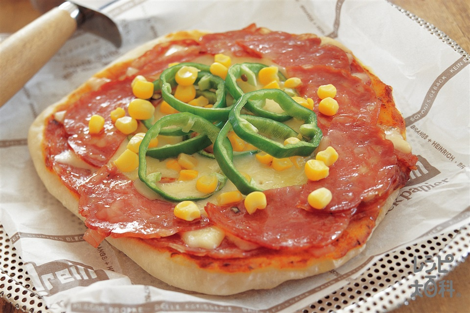 ホットプレートピザ(強力粉+ロースハムを使ったレシピ)