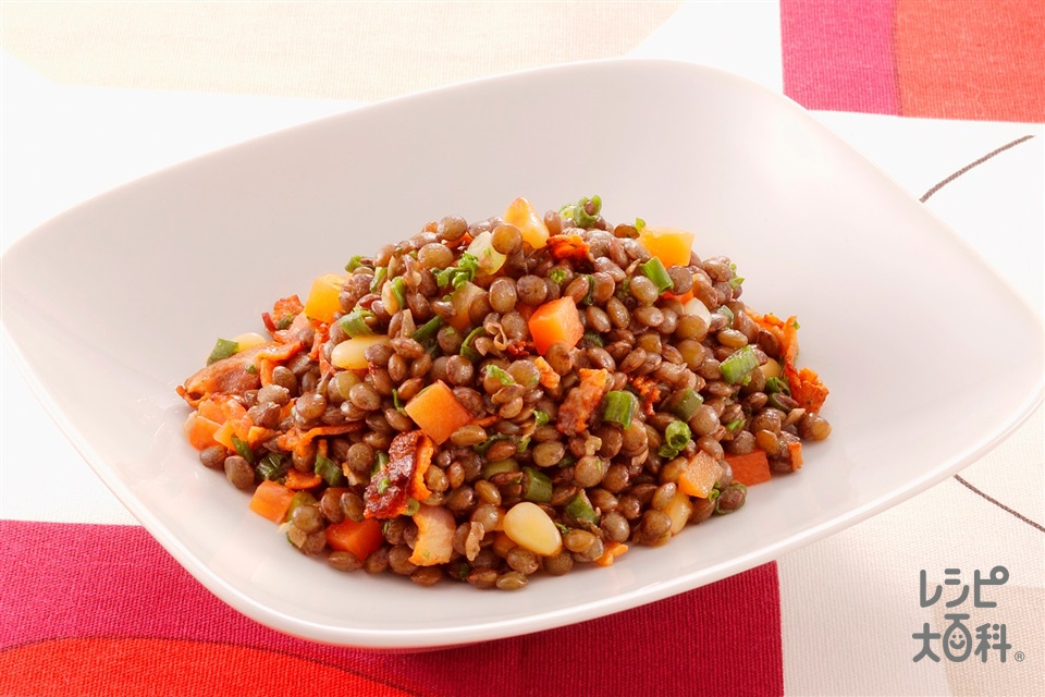 レンズ豆のサラダ(レンズ豆(乾)+「丸鶏がらスープ」を使ったレシピ)