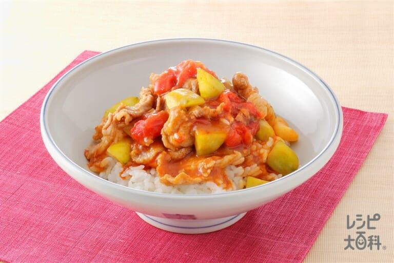 トマト、きゅうり、豚肉のあんかけご飯