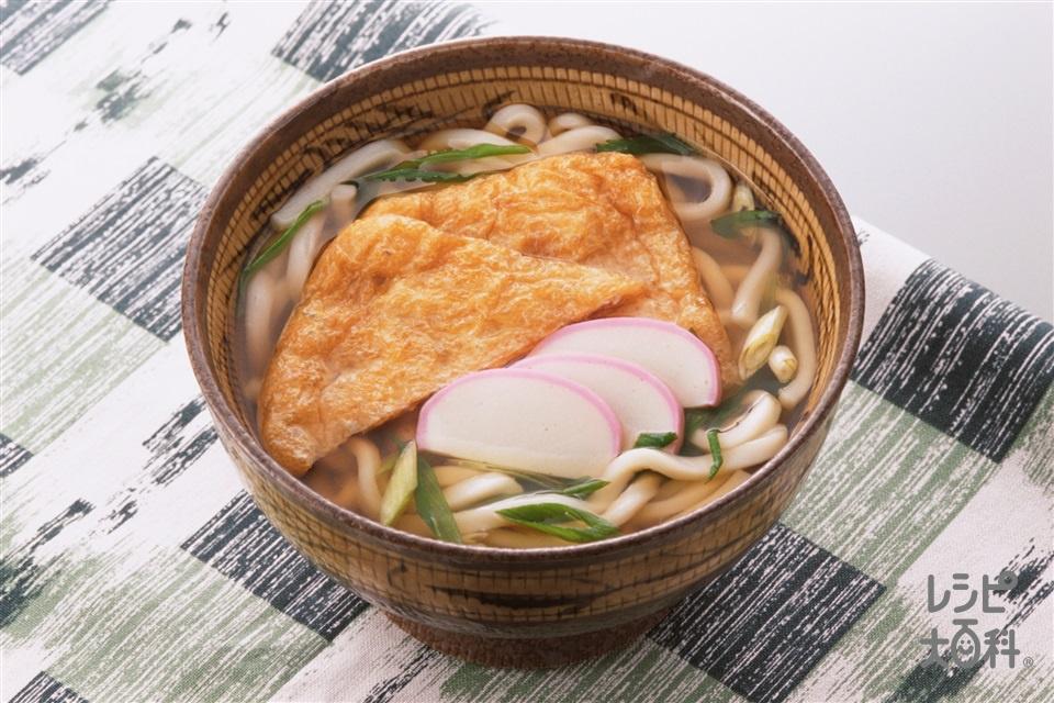 きつねうどん(うどん+かまぼこ(薄切り)を使ったレシピ)