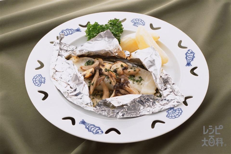 白身魚のパピヨット(白身魚+じゃがいもを使ったレシピ)