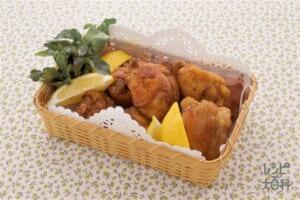 フライドチキン(鶏もも肉+レモンを使ったレシピ)
