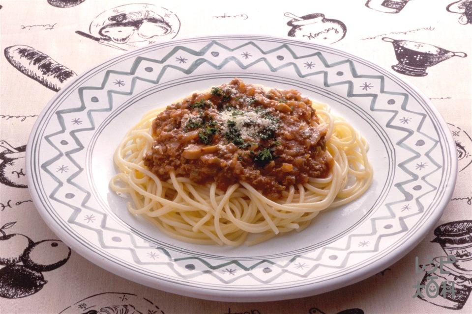 スパゲッティミートソース(スパゲッティ+合いびき肉を使ったレシピ)