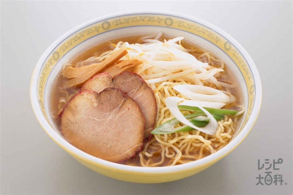 ラーメン(中華めん+もやしを使ったレシピ)