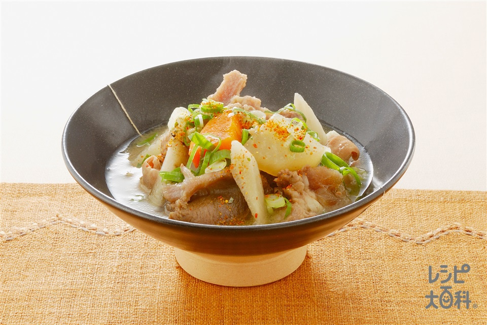 もつ煮込み(牛スジ肉+大根を使ったレシピ)