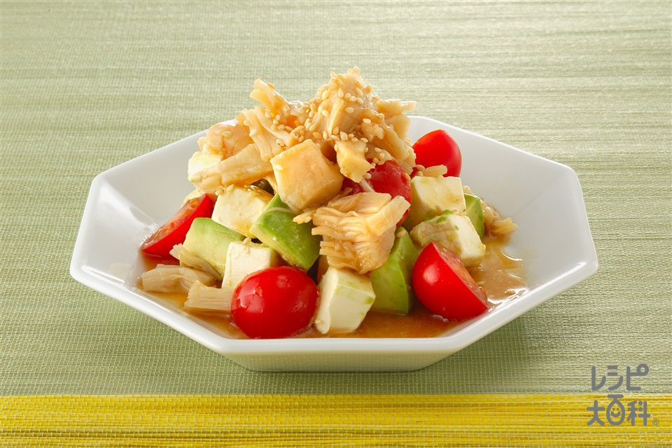 アボカドと帆立の中華風サラダ(アボカド+帆立貝柱の水煮缶を使ったレシピ)