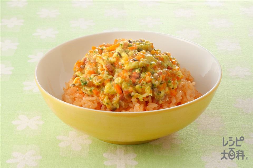炒り卵のっけご飯(卵+ご飯を使ったレシピ)