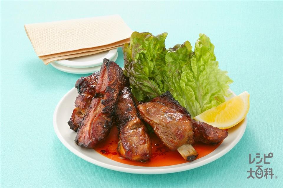 エスニック風味のスペアリブ(豚スペアリブ+レモンのくし形切りを使ったレシピ)