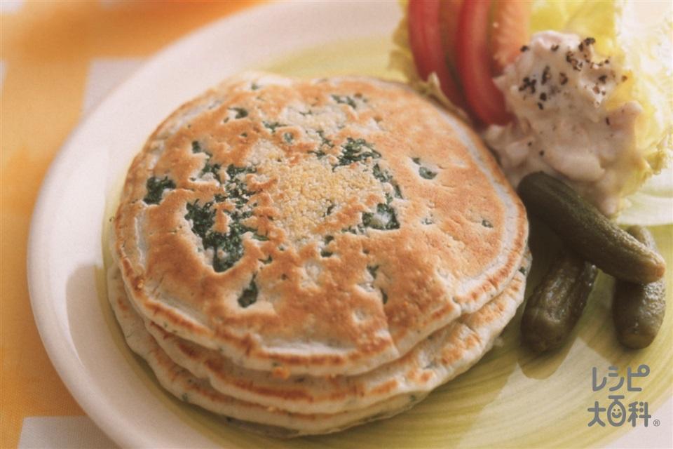 パセリ&チーズのパンケーキ(牛乳+きゅうりのピクルスを使ったレシピ)