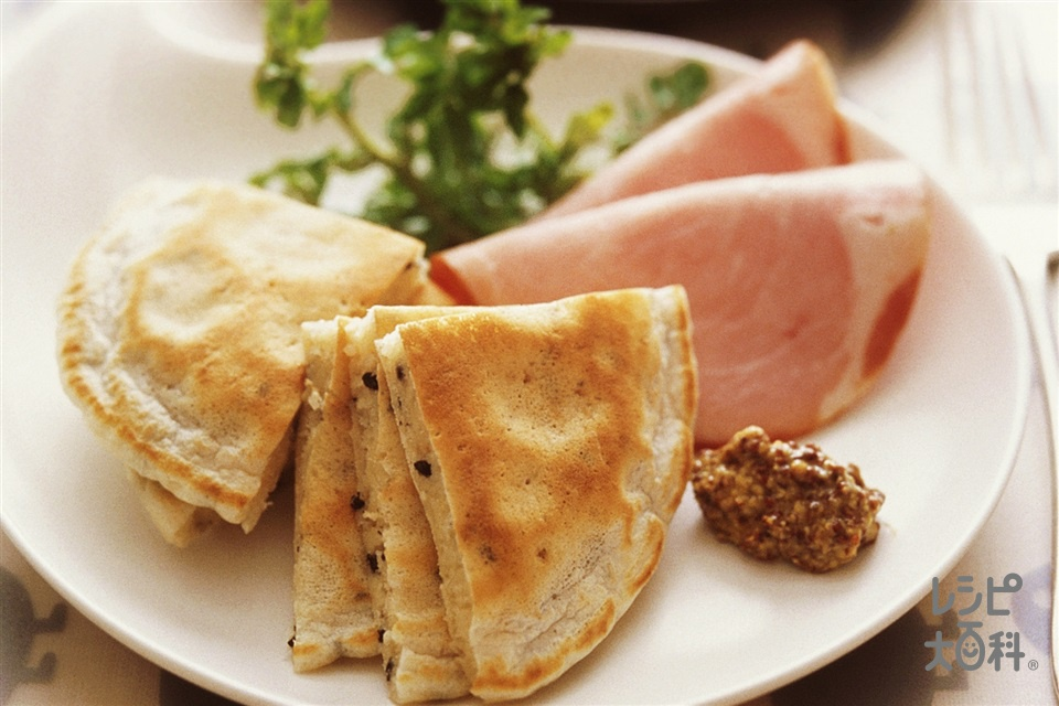 ごまパンケーキ(小麦粉+牛乳を使ったレシピ)